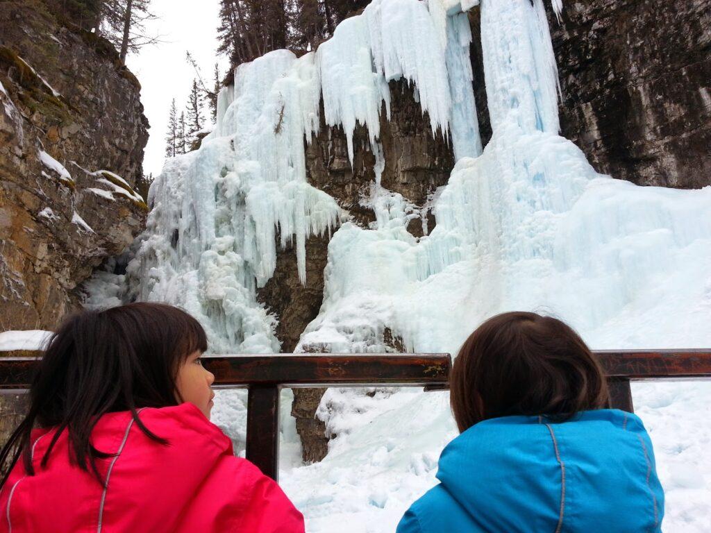 Johnston-Canyon-Upper-Falls-Banff-winter