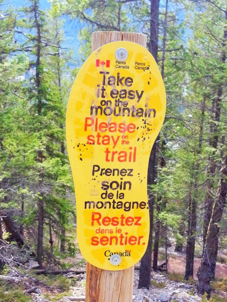 tunnel-mountain-banff-sign