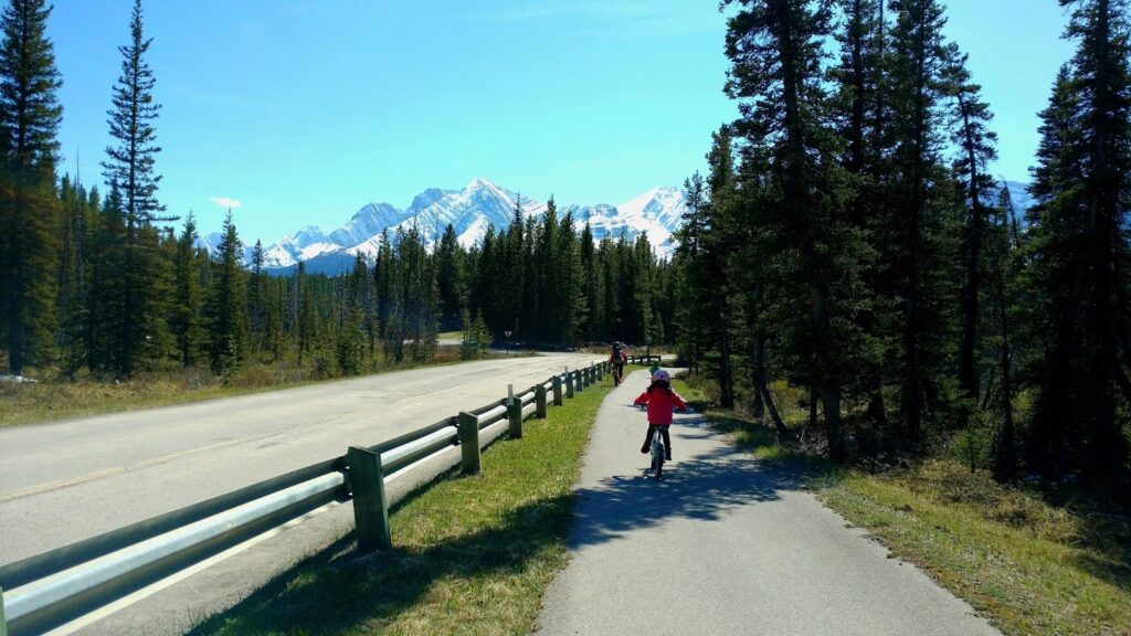 Peter-Lougheed-Paved-Trail