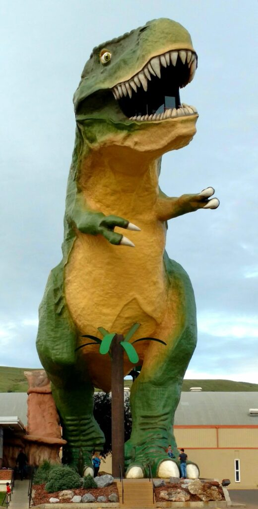 World's Largest Dinosaur, Drumheller