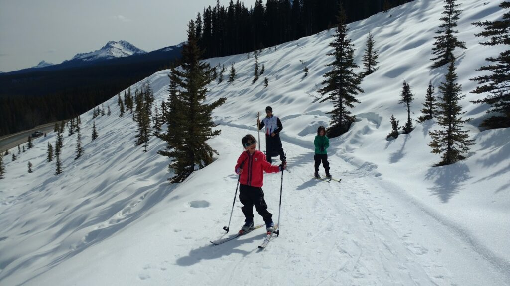 Tramline-Trail-Lake-Louise