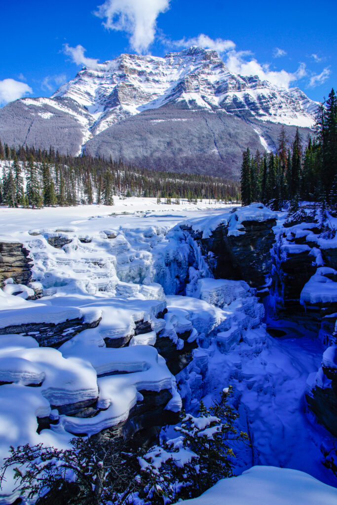athabasca-falls-jasper-rsz