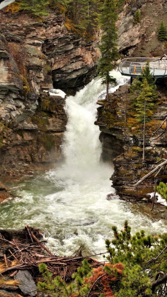 blakiston falls waterton