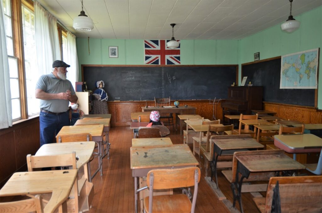 Big Bend School Classroom, Caroline Wheels of Time Museum
