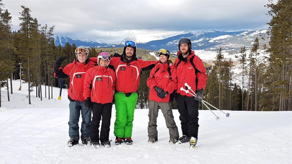 pass-powderkeg-skischool.jpg