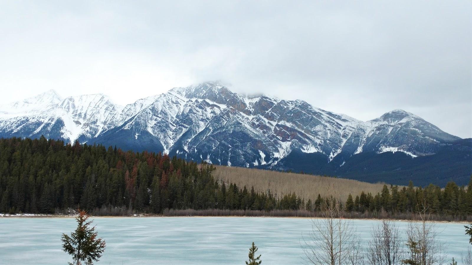Pyramid Lake - Jasper