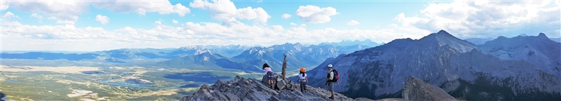 Mount Yamnuska Panoramic Summit Shot