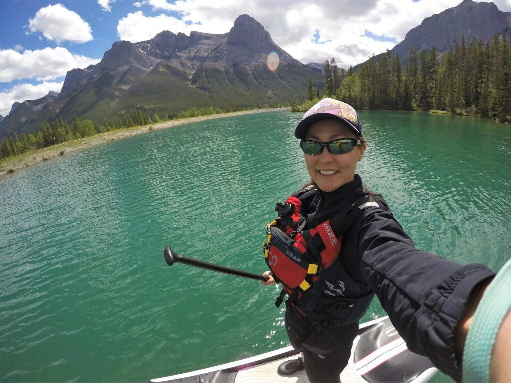 canmore-reservoir-stand-up-paddleb-boarding.JPG