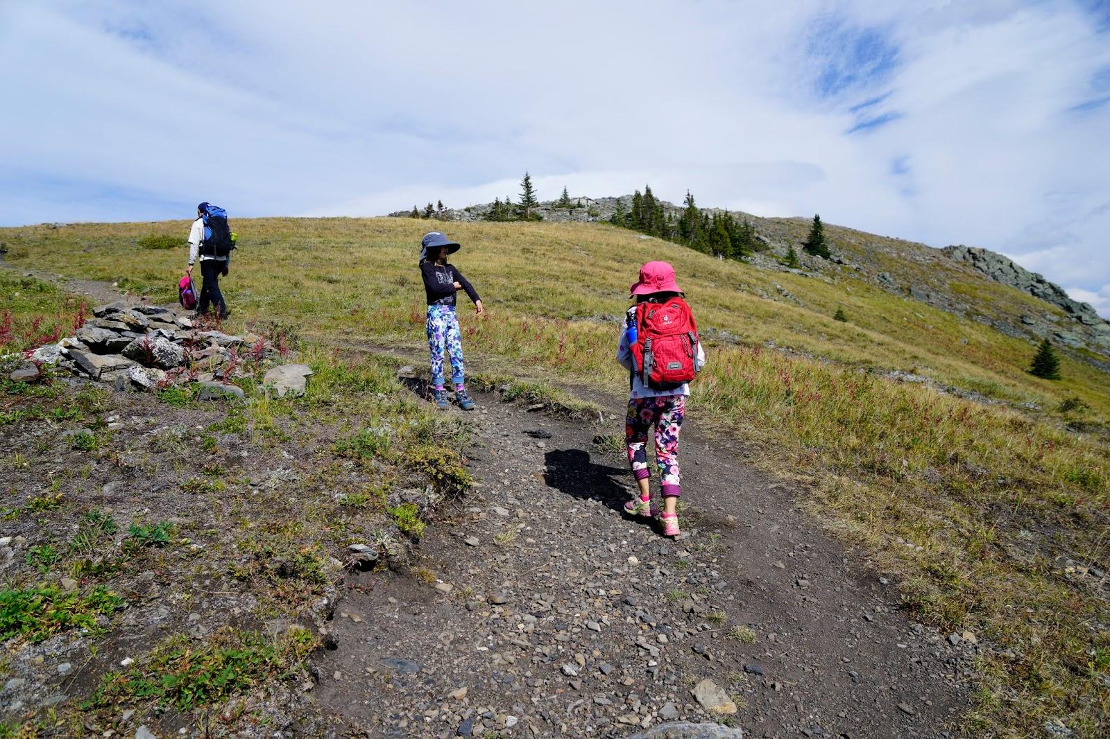 Heading up onto the ridge, Jumpingpound Summit