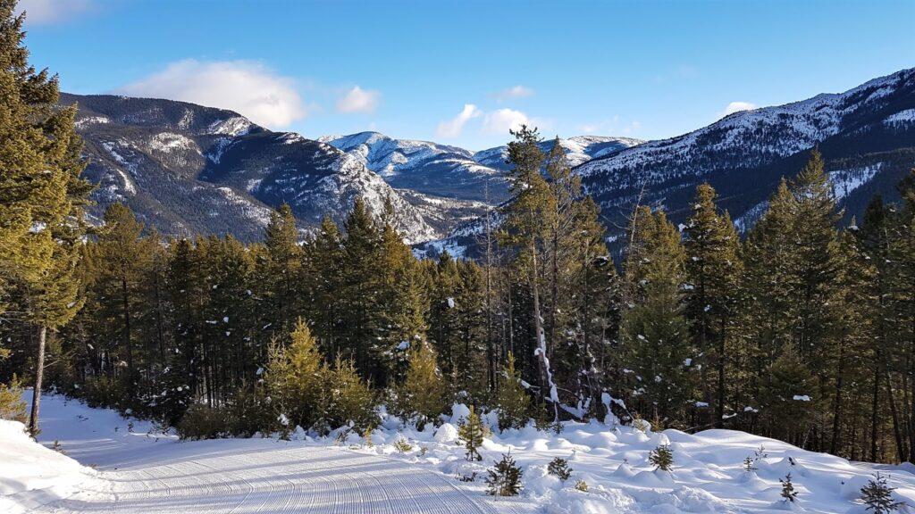 pass-powderkeg-ski-hill