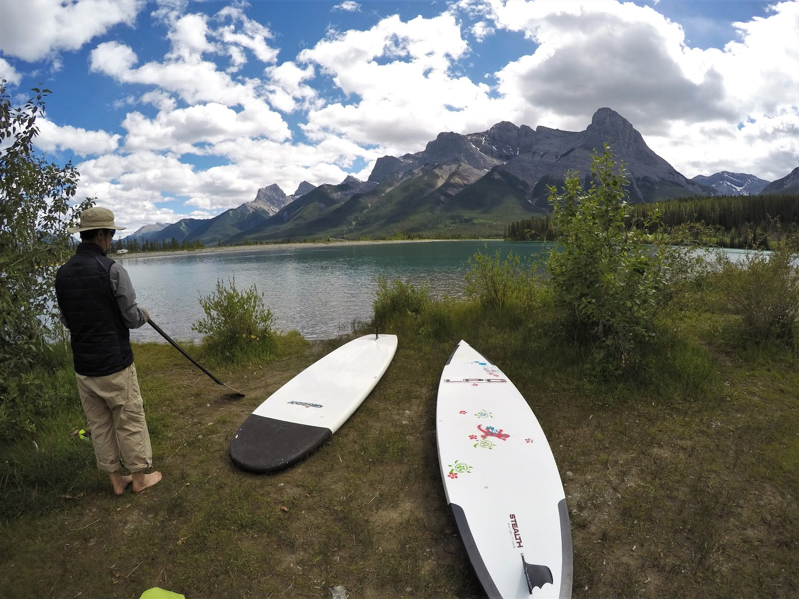 Rundle Forebay stand up paddleboarding, Canmore