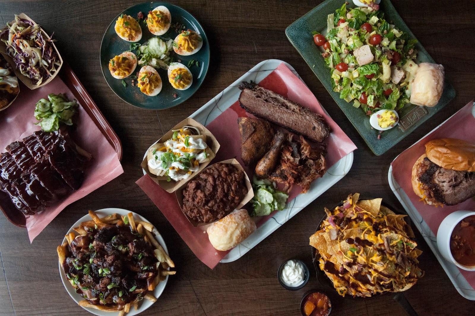 Drool-worthy eats at Skinny's Smoke House