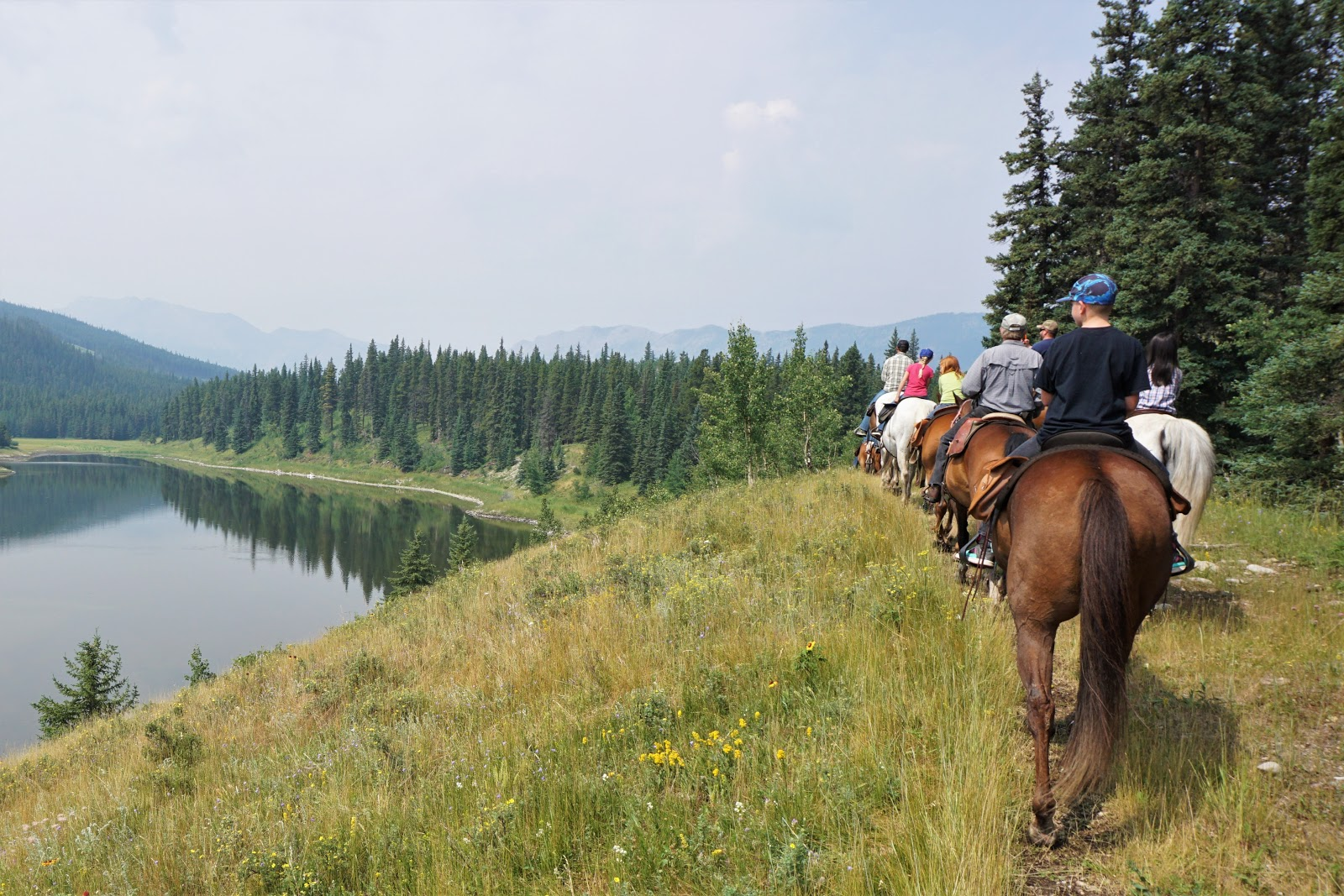 Trail ride with Sunset Guiding & Outfitters