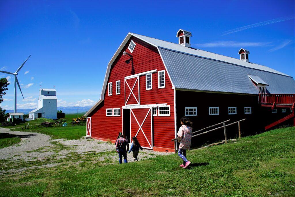heritage-acres-farm-museum.JPG