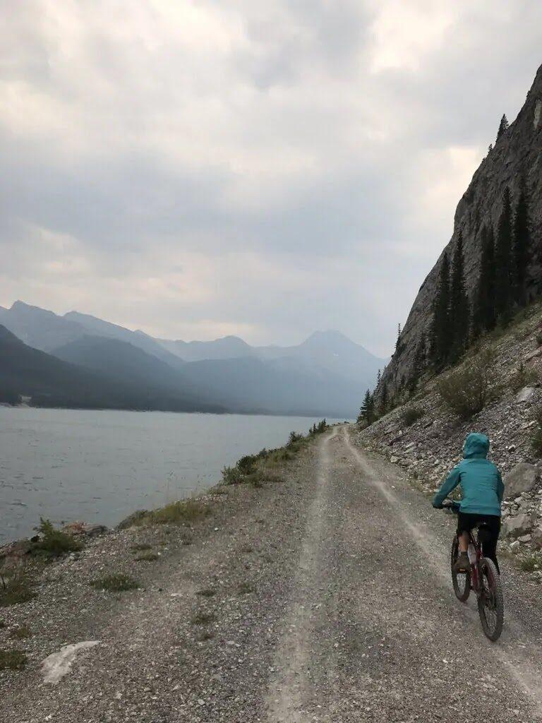 spray-fire-road-this-mom-bikes
