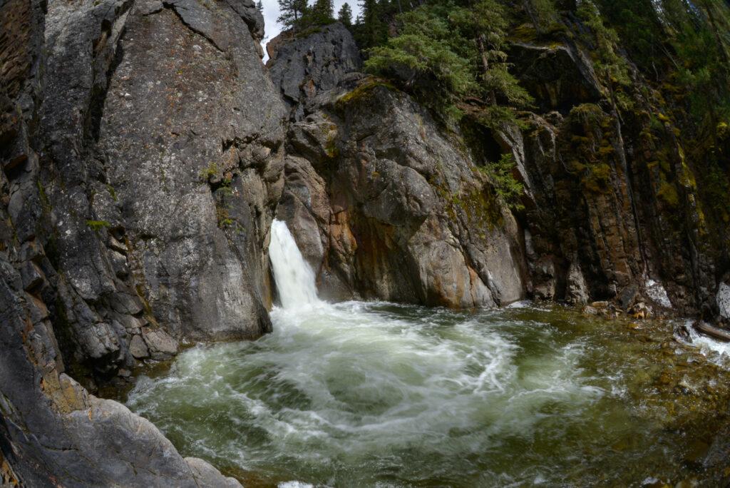 cat-creek-falls-kananaskis