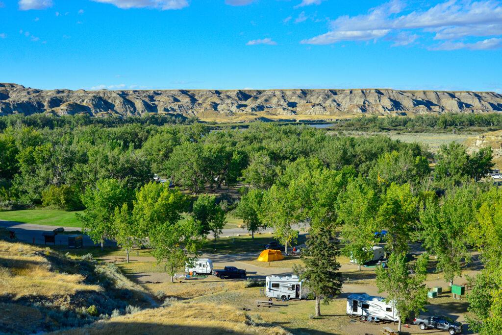 dinosaur-provincial-park-campground 3