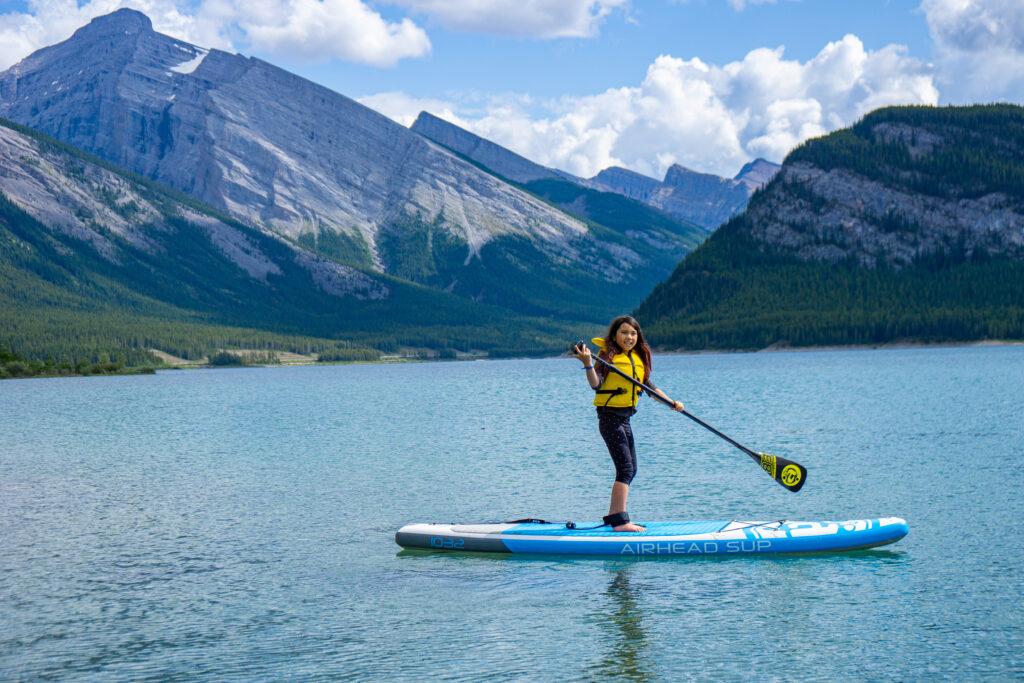 Spray-Lakes-Reservoir-Stand-up-paddleboarding-Kananaskis