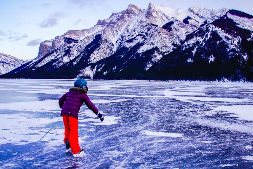 ice-skating-lake-minnewanka