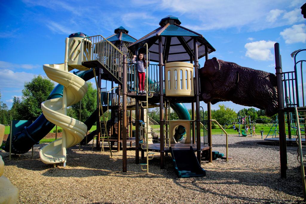 white-court-rotary-park-playground-2