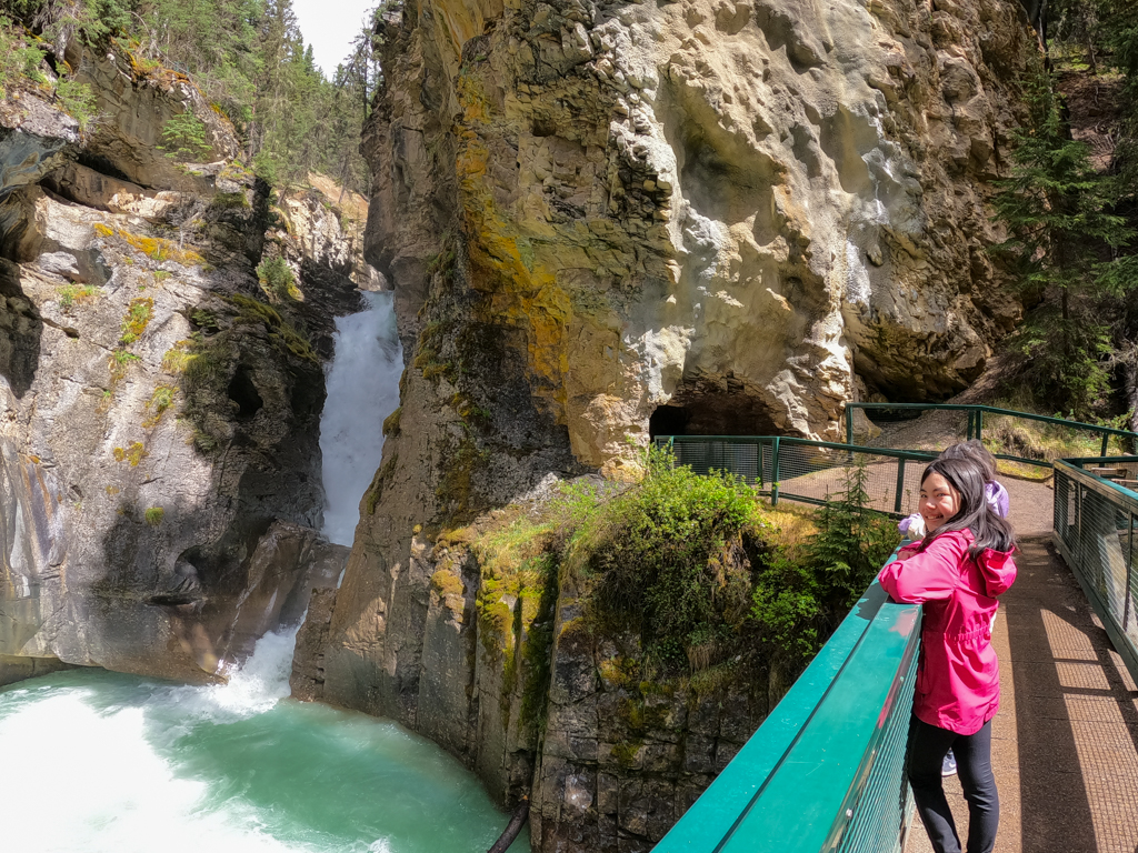 johnston-canyon-lower-falls-banff