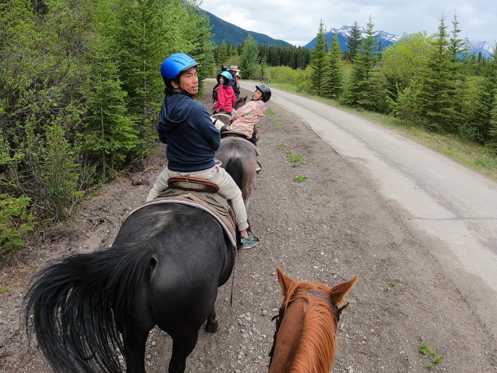 banff-trail-riders-sundance-loop