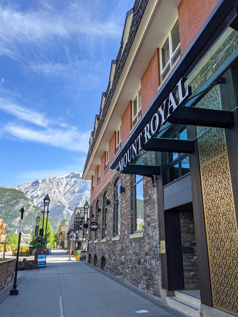mount-royal-hotel-banff-5