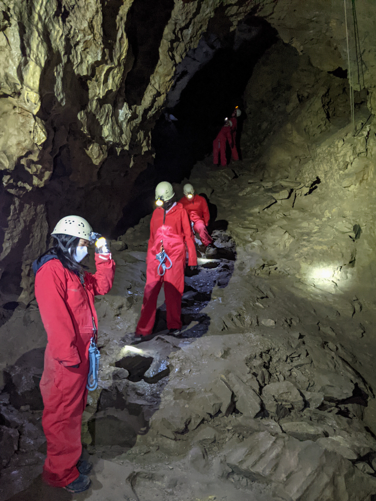 canmore-cave-tours-rsz-10