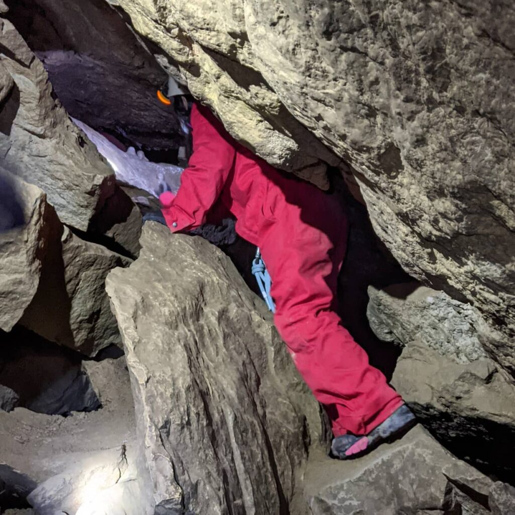 canmore-cave-tours-rsz (2)