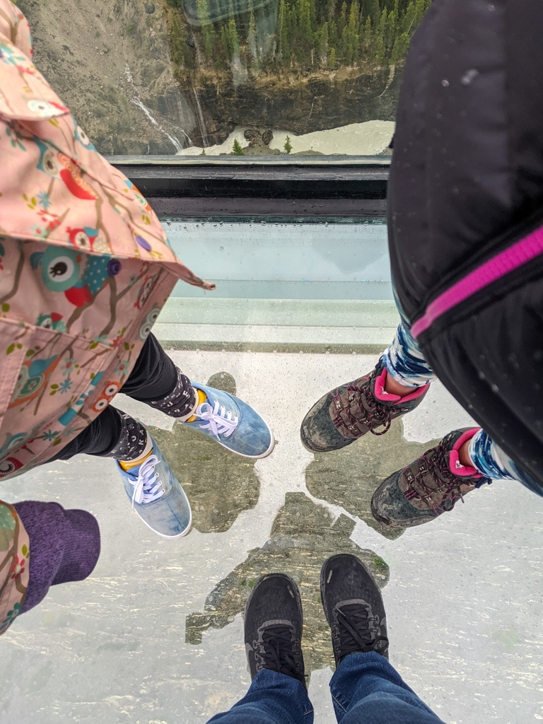 columbia-icefield-skywalk-09