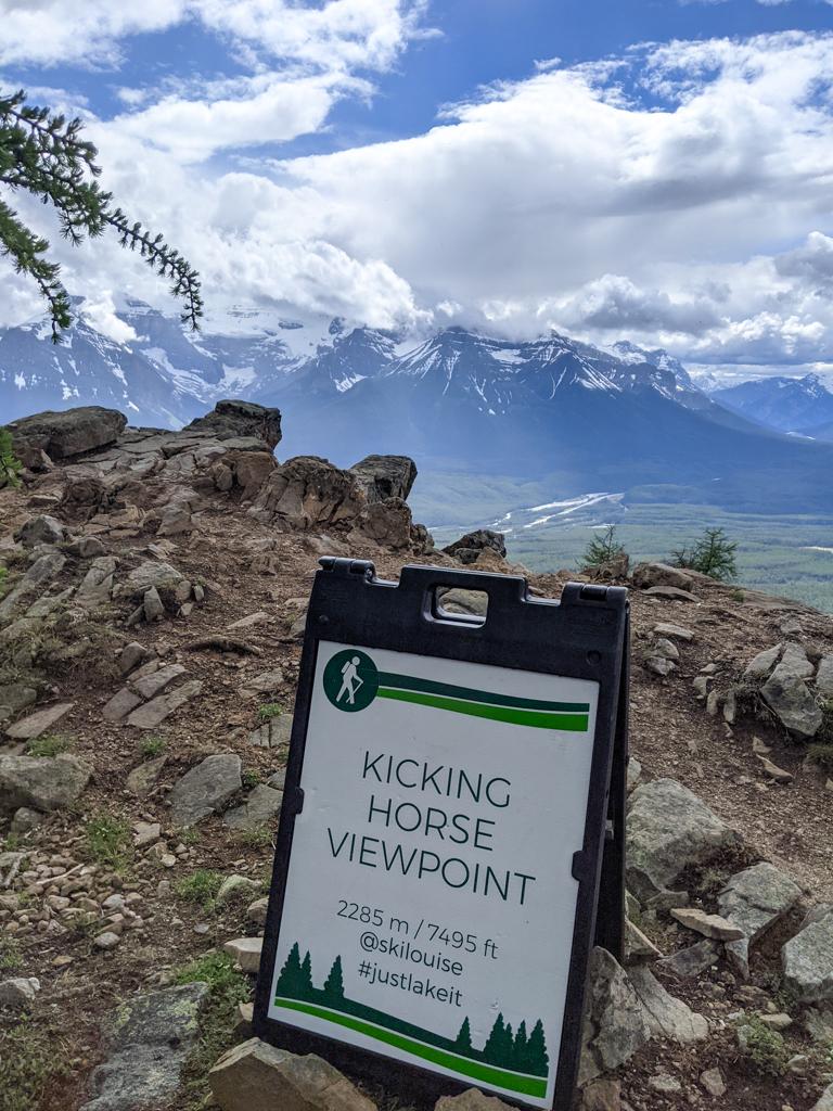 kicking-horse-viewpoint-lake-louise-summer-sightseeing-gondola-05