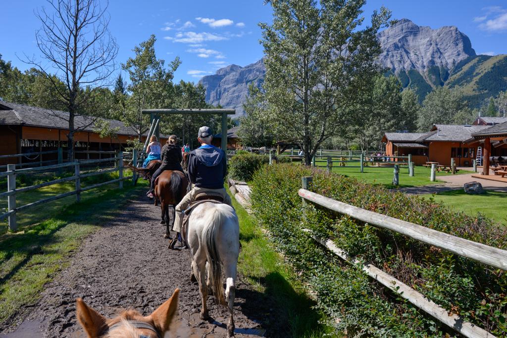 boundary-ranch-vista-trail-ride-kananaskis-04