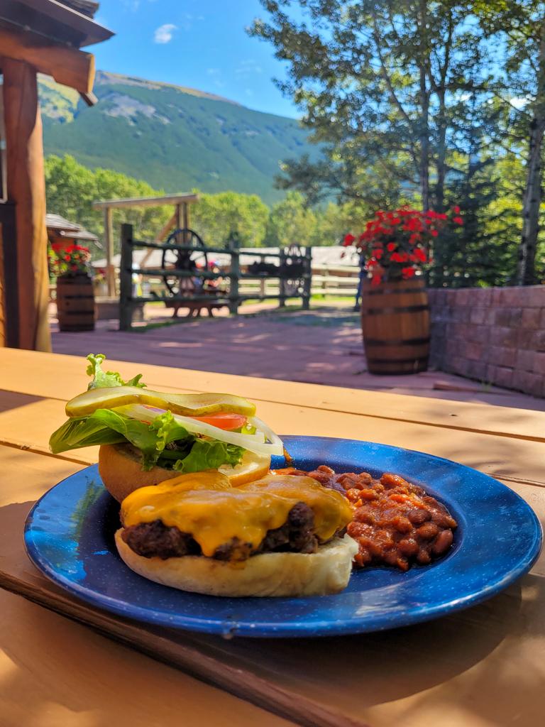 boundary-ranch-kananaskis-bbq-lunch