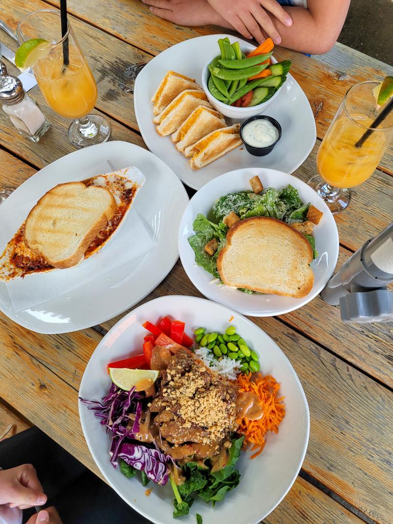 the-honeypot-restaurant-wainwright
